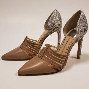 Sexy, fun flirty snake patterned heels Sz.7.5 NWOT